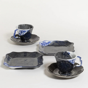 Redone set 2 bordjes en kop & schotels - Delft black and blue