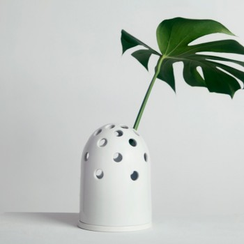 Fly's Eye Vase | small / white
