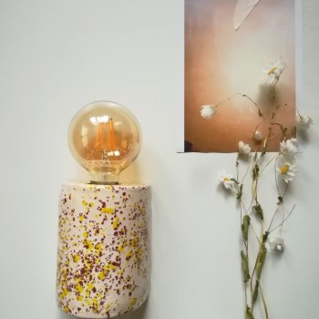 Pink and yellow dots muurlamp